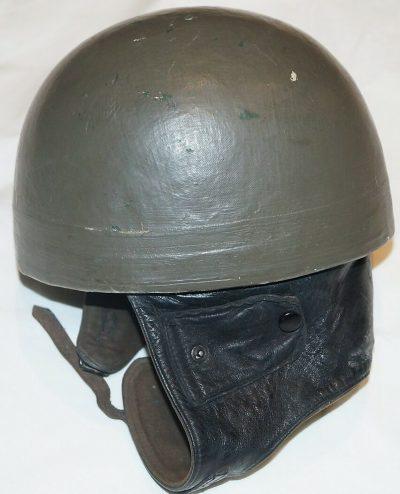 Шлем военных мотоциклистов.