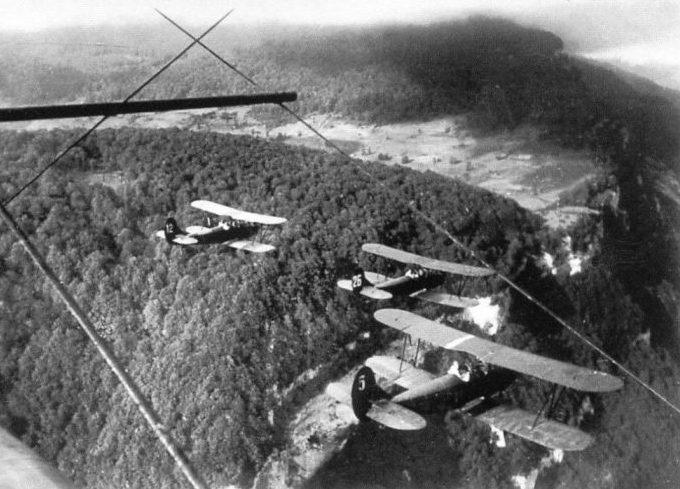 Группа У-2 летит на задание. 1941 г.