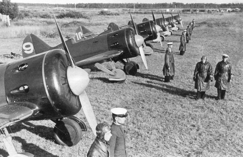 Советские полевые аэродромы в первые дни войны. 1941 г.