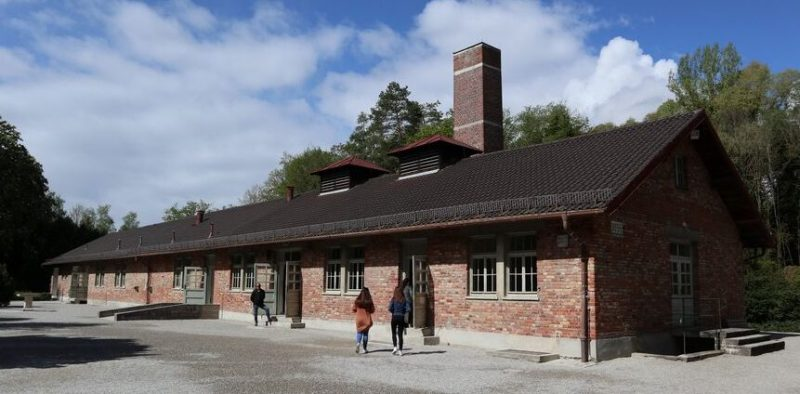 Здание крематория, построенного в 1943 г.
