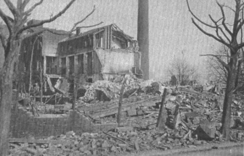 Городские улицы после расчистки завалов. Октябрь 1944 г.