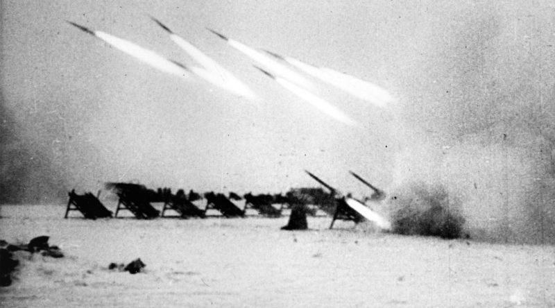 Реактивные минометы М-30 под Сталинградом. Ноябрь 1942 г.