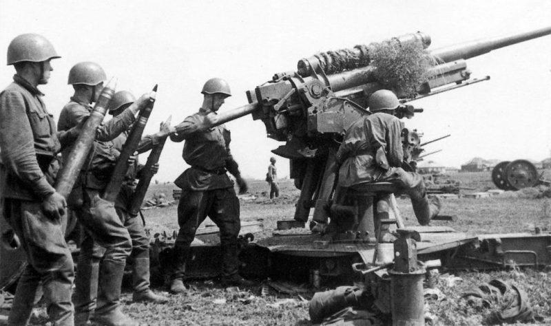 Зенитное 76-мм орудие 3-К. 1942 г.