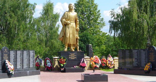 г.Торжок. Мемориал на Богословском кладбище, где захоронено свыше 1750 защитников Родины.