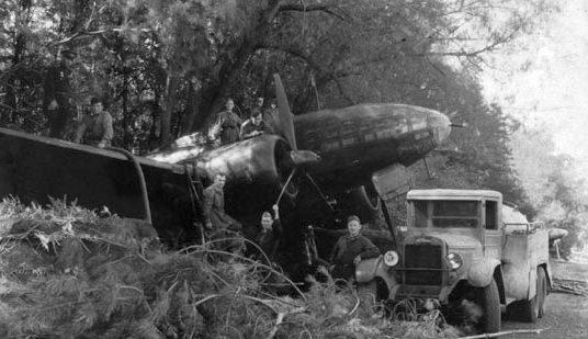 Дальний бомбардировщик Ил-4 (ДБ-3Ф) на аэродроме. 1943 г.