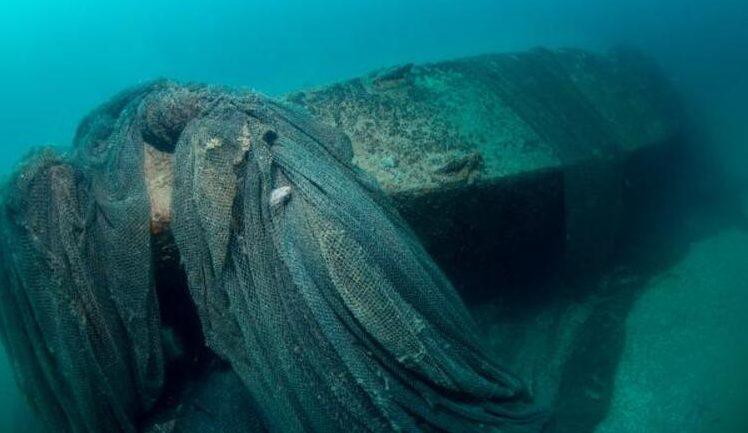 Подлодка U-20 на дне моря.