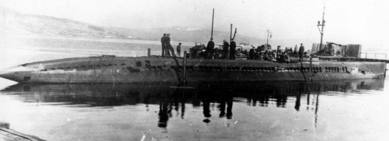 Сборка подлодки М-171 после перевода на Северный флот. 1939 г.