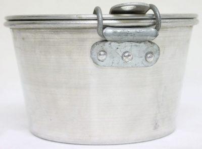 Алюминиевый армейский котелок из двух предметов образца 1940 г.