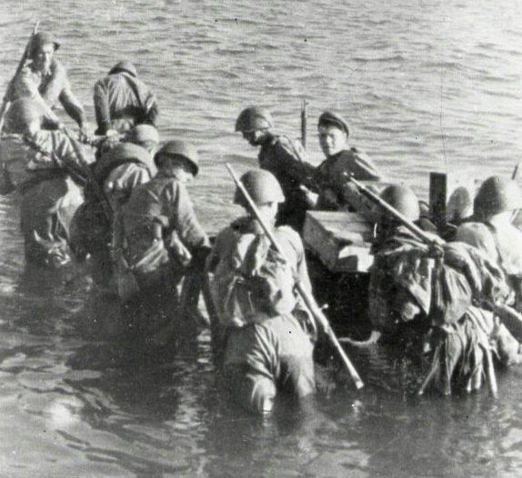 Высадка советского десанта на остров Сааремаа.