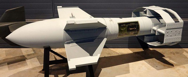 Макет Fritz X с боеголовкой из аматола весом в 320 кг в современном музее.