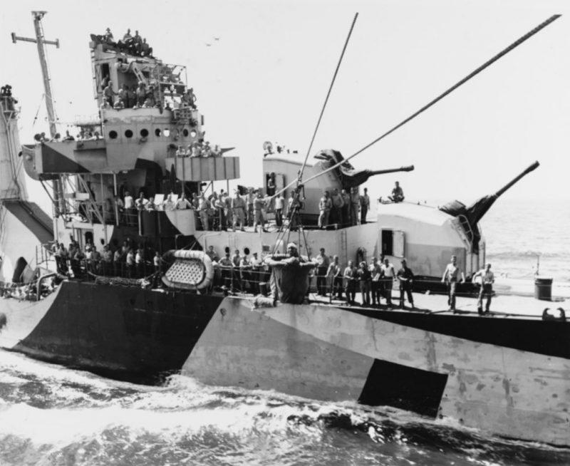 Американский эсминец «Pattersonу» у Марианских островов.