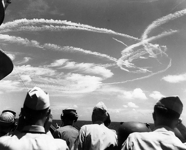 Воздушный бой у Марианских островов.