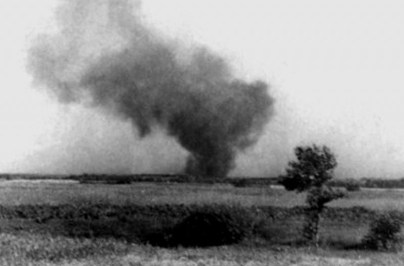 Пожар в концлагере во время восстания.