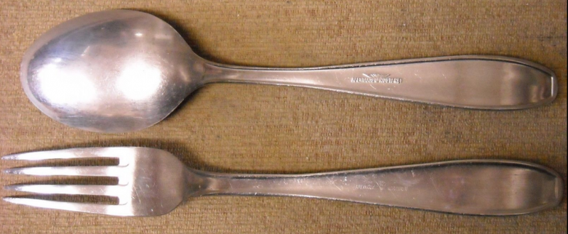Ложка и вилка, использовавшиеся в армии.