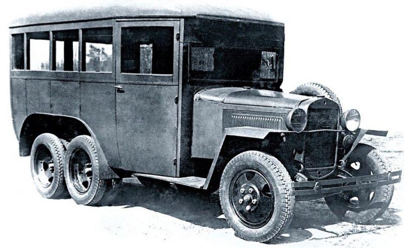 Штабной автобус ГАЗ-05-193 высшего руководства РККА. 1940 г.