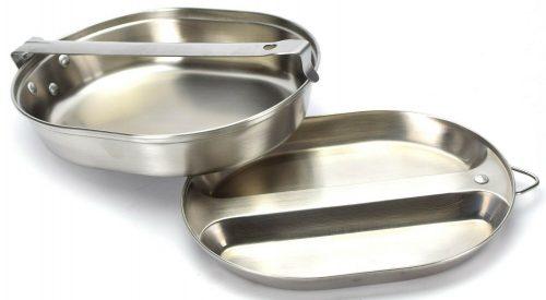 Армейский набор посуды М-1942 со столовыми приборами из нержавеющей стали.