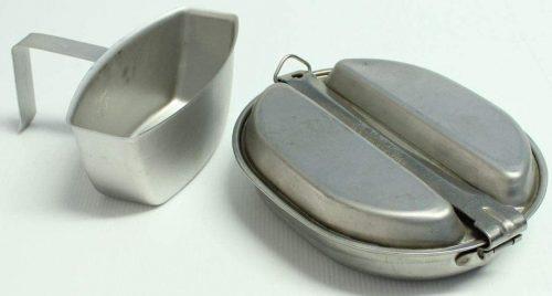 Вариант набора посуды М-1942 с котелком-кружкой.