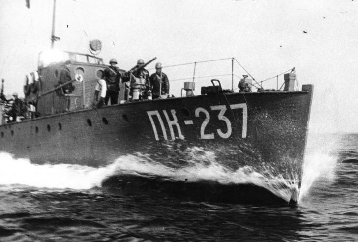 Сторожевой катер ПК-237 типа МО-2 у Ханко. 1941 г.
