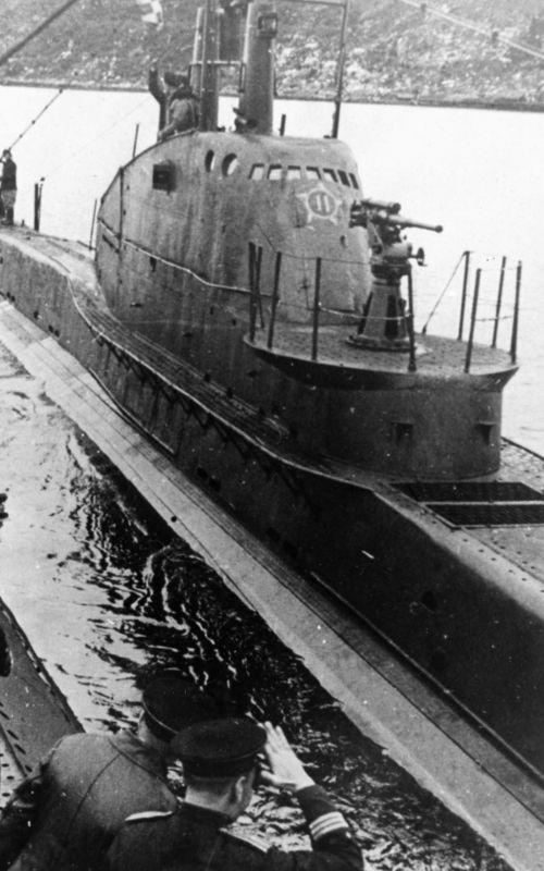 Подлодка Северного флота Щ-422 уходит в свой последний боевой поход. Июнь 1943 г.