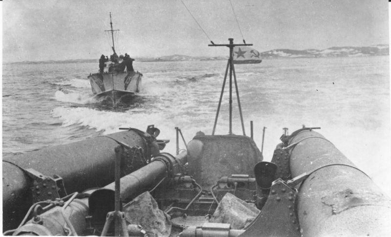 Торпедные катера Северного флота типа Д-3 в походе. 1944 г.