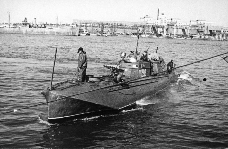 Торпедный катер типа Г-5 в румынском порту Констанца. 1944 г.