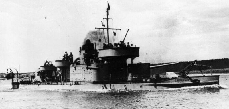 Речной монитор Дунайской военной флотилии «Мариуполь». 1944 г.