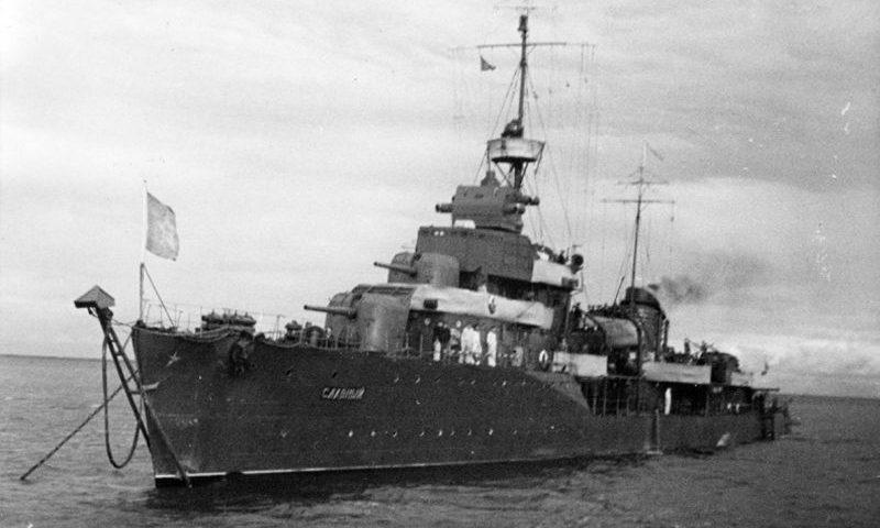 Эсминец Балтийского флота «Славный».1944 г.
