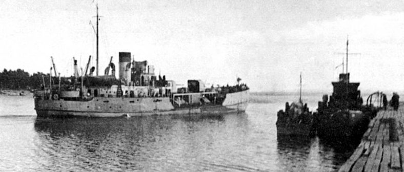 Канонерская лодка «Зея» на Ладожском озере. 1944 г.