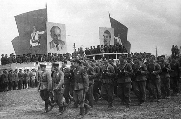 Партизанский парад в Минске.