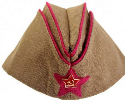 Пилотка командного и начальствующего состава пехотных подразделений РККА образца 1935 года.