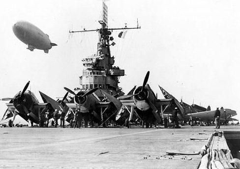 Торпедоносцы Grumman TBF-1 Avenger на палубе авианосца «Ranger». Ноябрь 1942 г.