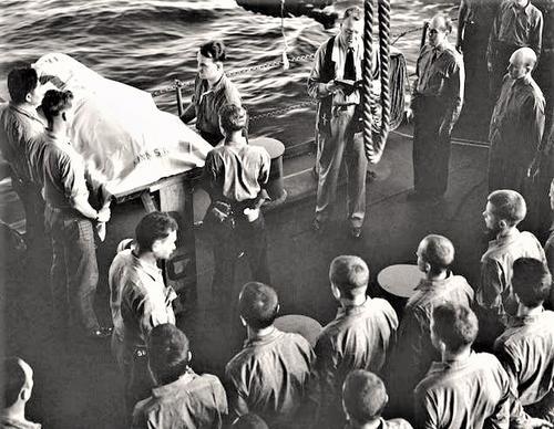 Похороны американского моряка. 1942 г.