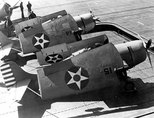 Самолеты Grumman F4F-4 на палубе авианосца «Enterprise». 1942 г.