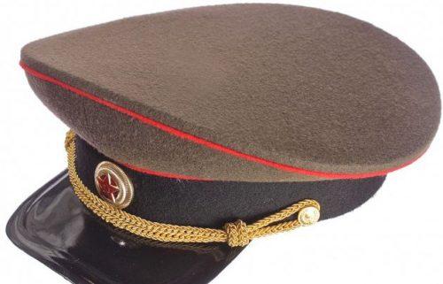Фуражка генерала бронетанковых, инженерных войск и артиллерии образца 1935 года.