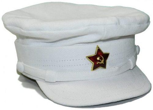 Летняя белая фуражка командного и начальствующего состава РККА образца 1936 года.