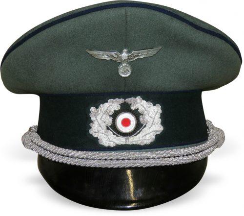 Фуражка офицера санитарно-медицинской службы Вермахта.