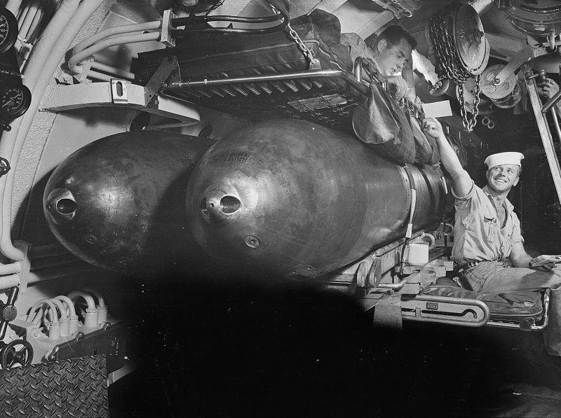 Матросы на отдыхе на борту подлодки «Серо». Август 1943 г.