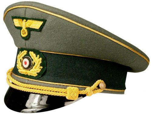 Фуражка генерала Вермахта.