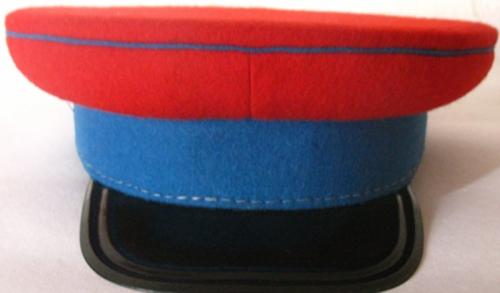 Фуражка начальствующего и рядового состава железнодорожной милиции образца 1938 года.