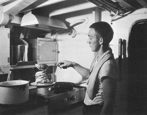 Камбуз на подлодке. 1943 г.