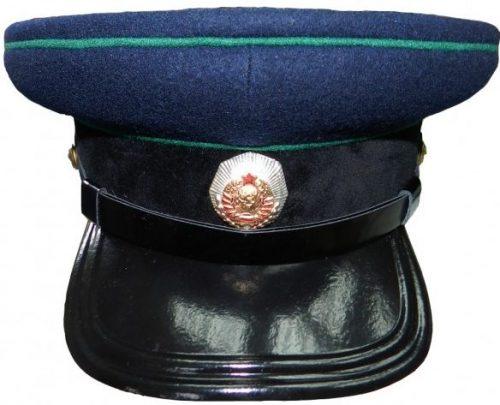 Фуражка повседневная старшего и среднего состава органов прокуратуры СССР образца 1943 года.