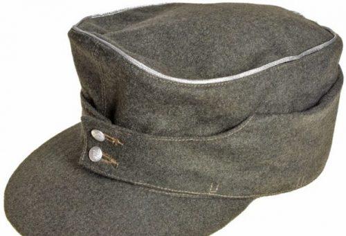 Кепи из сукна для офицера образца 1943 года.