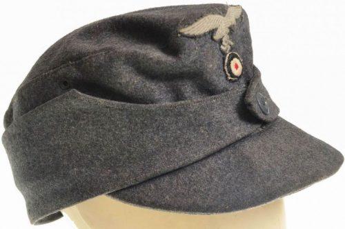 Кепи из сукна рядового состава Люфтваффе образца 1943 года.