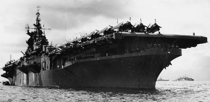 Авианосец «Randolph». 1944 г.