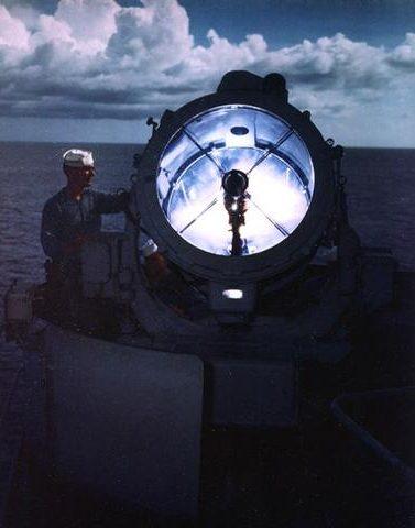 36-дюймовый прожектор на линкоре «Missouri». 1944 г.