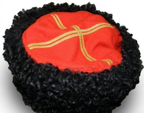 Шапка - кубанка казачьих частей для командного и начальствующего состава.