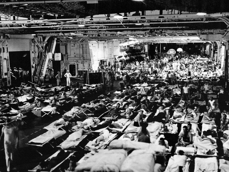 Возвращение военнослужащих с Тихого океана на борту авианосца «Enterprise». 1945 г.