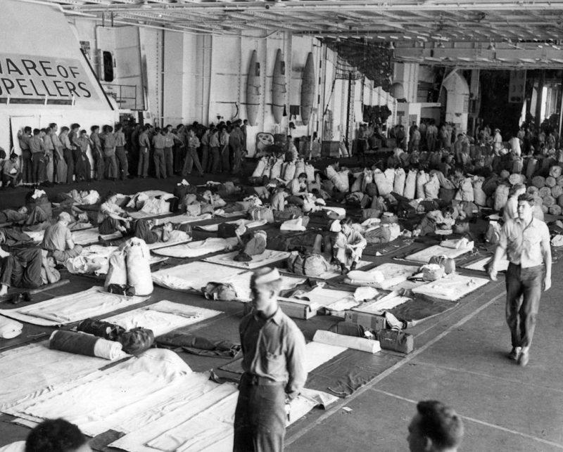 Возвращение военнослужащих с Тихого океана на борту авианосца «Wasp». 1945 г.