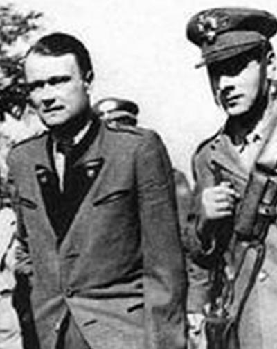 Экстрадиция Вальтера Редера н в Италию в мае 1948 года.