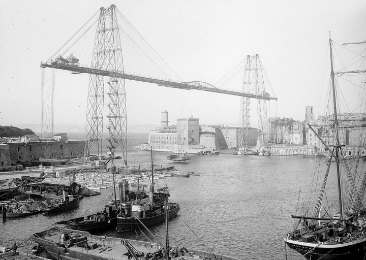 Грузовой порт Марселя.
